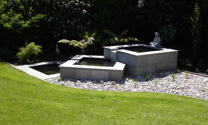designing large gardens in edinburgh, fife and the lothians